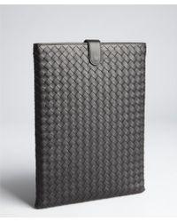 Bottega Veneta Black Intrecciato Leather Ipad Case - Lyst