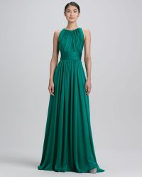 Badgley Mischka Collection Sleeveless Pleated Gown - Lyst