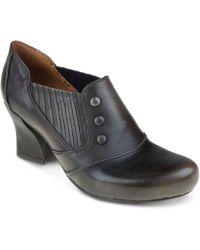 Earthies - Lavarra Court Shoes - Lyst