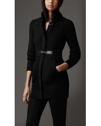 Burberry Equestrian Buckle Knitted Coat - Lyst