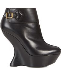 Alexander McQueen - Sculptured Wedge Leather Boots - Lyst