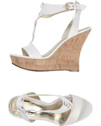 Belle By Sigerson Morrison Wedge - Lyst