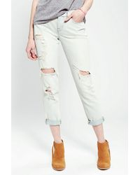 Urban Outfitters Bdg Slim Slouch Jean Destructed Sunfade - Lyst