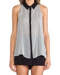 Bella Luxx Sleeveless Collared Shirt - Lyst