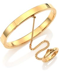 Chloé Carly Hand-Chain Bracelet gold - Lyst