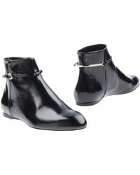 boots nina ricci