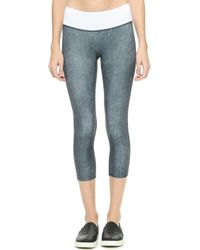 Prismsport - Graphite Capri Leggings - Granite - Lyst