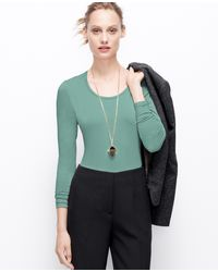 Ann Taylor Scoop Neck Long Sleeve Tee - Lyst