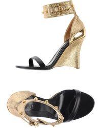 Alexander McQueen Sandals gold - Lyst