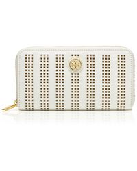 Tory Burch Robinson Perforated Zip Continental Wallet - Lyst