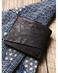 Free People - Campomaggi Womens Campomaggi Distressed Wallet - Lyst