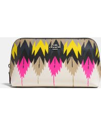 Coach Cosmetic Case 22 In Printed Crossgrain Leather - Lyst