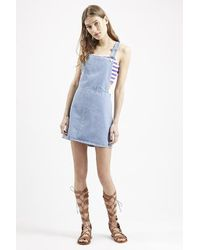 Topshop Moto Denim Pinafore Dress - Lyst