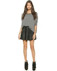 Alice + Olivia Alice  Olivia Zoe Leather Ribbon Applique Skirt - Black - Lyst