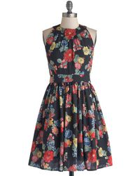 ModCloth Prized Perennials Dress in Black - Lyst