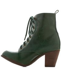 Demfon / Navid O Nadio Step It Upright Bootie in Emerald - Lyst