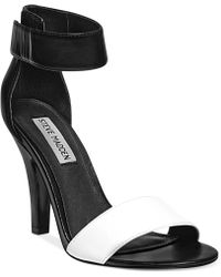 Steve Madden Womens Tassha Twopiece Sandals - Lyst