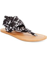 Rampage Taxi Flat Thong Sandals black - Lyst