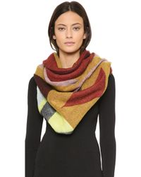 Spun By Subtle Luxury - Dizzy Diamond Blanket Wrap Scarf - Lyst