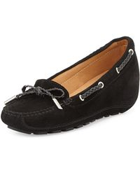 Andre Assous Ofilia Suede Wedge Loafer - Lyst