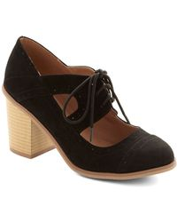 ModCloth Conventional Winsome Heel black - Lyst