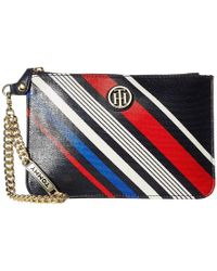 aef19d4c75 Tommy Hilfiger - Serif Wristlet (navy/multi) Wristlet Handbags - Lyst
