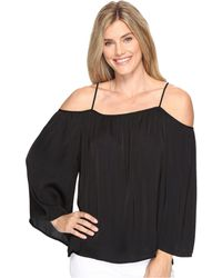 29b55ec9a413c Lyst - Vince Camuto Long Sleeve Cold-shoulder Rumple Blouse in Blue