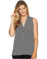 Vince Camuto | Sleeveless Petite Houndstooth Center Front Seam V-neck Top | Lyst