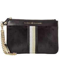 9a4d634e88 Tommy Hilfiger - Serif Wristlet (black) Wristlet Handbags - Lyst