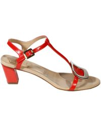Roger Vivier Shoes Thong Chips Heel 45 Sandal Leather - Lyst