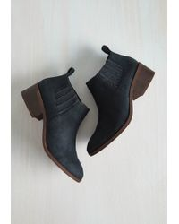 BC Footwear - Stroll With The Punches Bootie In Navy - Lyst