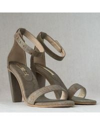 Sydney Brown Sandals - Lyst