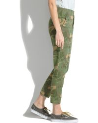 Madewell Cropped Rivington Trousers in Camo - Lyst
