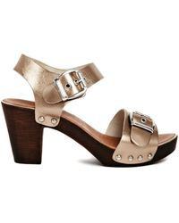 Carvela Kamp Leather Big Buckle Wooden Heeled Sandals - Lyst