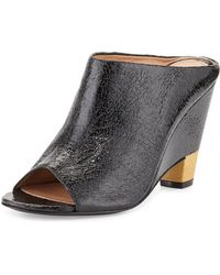 Vc Signature Tamiko Cracked Leather Open Wedge Mule - Lyst
