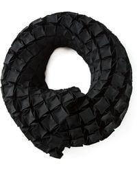 Issey Miyake Geometric Texture Scarf - Lyst