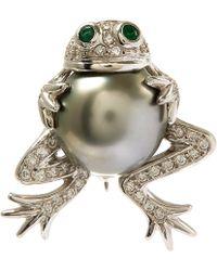 Kojis - White Gold Tahitian Pearl Frog Diamond Brooch - Lyst