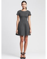 Banana Republic V-Back Fit-And-Flare Dress - Lyst