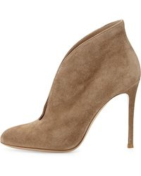 Gianvito Rossi Suede V-Neck Ankle Bootie - Lyst