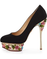 Christian louboutin Wawy Dolly Patent Leather Pumps in Black | Lyst