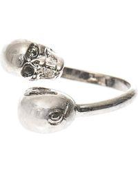 Alexander McQueen Twin Skull Ring - Lyst