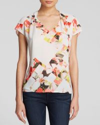 Vince Camuto Geometric Floral Print Blouse - Lyst
