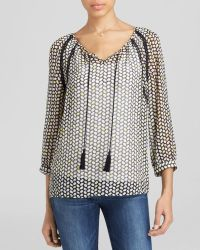 Two By Vince Camuto - Chevron Bean Printed Peasant Blouse - Lyst