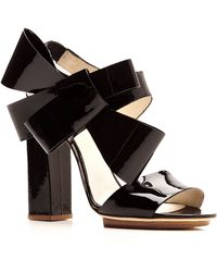 Delpozo Patentleather Bowdetail Sandals - Lyst