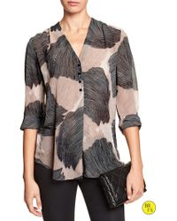 Banana Republic Factory Three-button Vee Top - Lyst