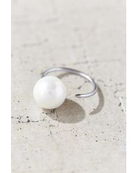 Amber Sceats - Petite Pearl Ring - Lyst