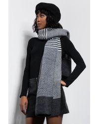 AKIRA - Boss Up Knit Rectangle Scarf - Lyst