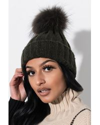 AKIRA - Cosy Nights Fur Knitted Beanie - Lyst