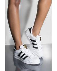 adidas - Womens Superstar In White & Black - Lyst