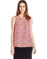 Kasper Abstract Checkered Printed Crepe Keyhole Cami - Pink